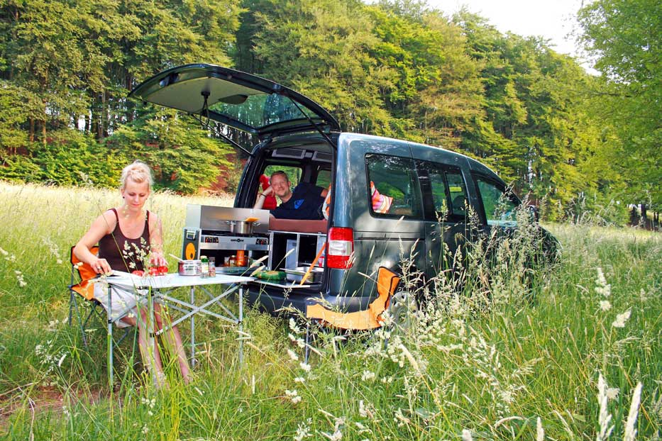 Alltagsfahrzeuge in ein Mini-Wohnmobil verwandeln